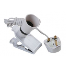 Clip on bulb holder for LED bayonet bulbs with 2m or cable and standard UK plug